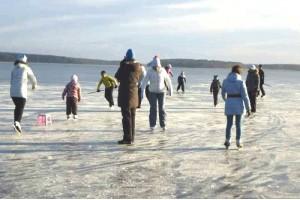 Отдых зимой у озера Сынтул