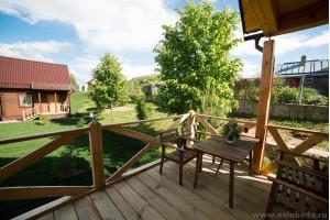 Коттедж с балконом №3 на 4 гостя